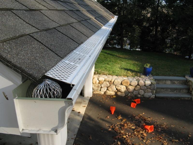 leaf filter to prevent debris from falling into gutter